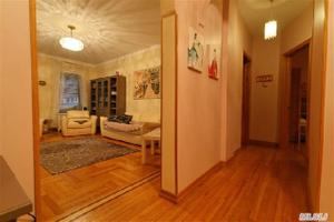 83-44 Lefferts Blvd Unit: 2F, Kew Gardens, NY 11415