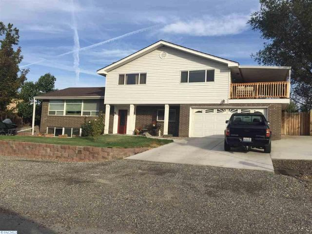 3114 s everett pl kennewick wa 99337 home for sale and
