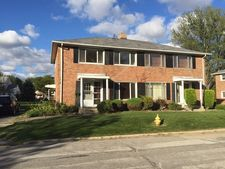 16 Mccarthy Rd, Park Forest, IL 60466