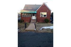 27 Ashwood Pl, North Brunswick, NJ 08902