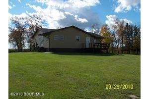 35092 210th St, Roseau, MN 56751