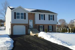 12256 Red Hawk Dr, Waynesboro, PA 17268