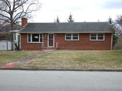 1102 Pleasant View Ave Nw, Roanoke, VA 24012