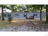 15084 Indian Bluff Rd, Wright City, MO 63390