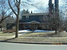 6001 Piping Rock Rd, Madison, WI 53711