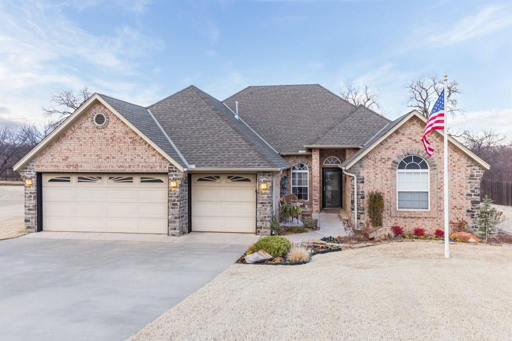3693 stonebrook dr norman ok 73072 for Norman ok home builders