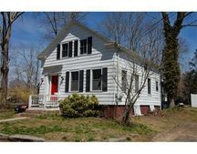 569 Elm St, Dartmouth, MA 02748