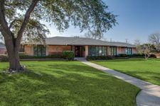 6555 Ridgeview Cir, Dallas, TX 75240