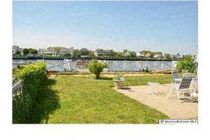 204 Roosevelt Ave, Avon-By-The-Sea, NJ 07717