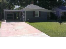 1717 N Burns Ave, Wichita, KS 67208