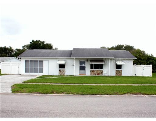 7322 Landover Dr, Zephyrhills, FL 33540