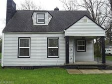 20614 Halifax Rd, Warrensville Heights, OH 44122