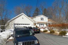 28 Floral Dr, Monticello, NY 12701