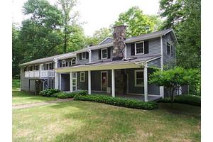 94 Head of Meadow Rd, Newtown, CT 06470