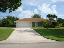 3313 Sherwood Blvd, Delray Beach, FL 33445