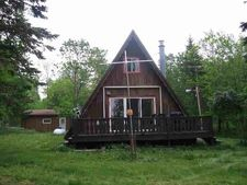 N9293 E Shore Rd, Marenisco, MI 49947