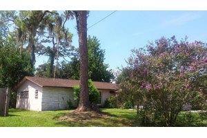 1307 Saint Andrews Dr, Rockledge, FL 32955