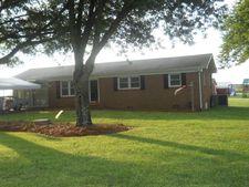 3295 Nc 150, Reidsville, NC 27320