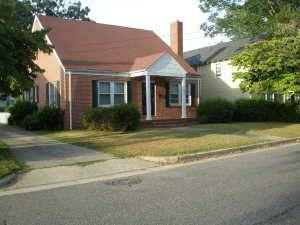311 E 15th St, Lumberton, NC 28358