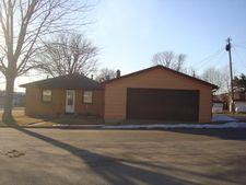 1041 E Dewey St, Cassville, WI 53806