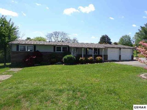 Photo of 1131 Hill St, Dandridge, TN 37725