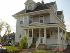 9 Arch St, Northfield, NH 03276