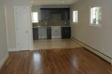 253-03 147 Dr, Queens, NY 11422