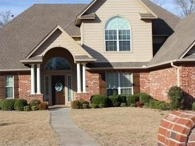103 Wood Creek Ct, White Oak, TX 75693