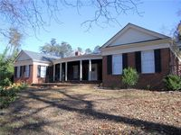 304 Shadow Valley Rd, High Point, NC 27262