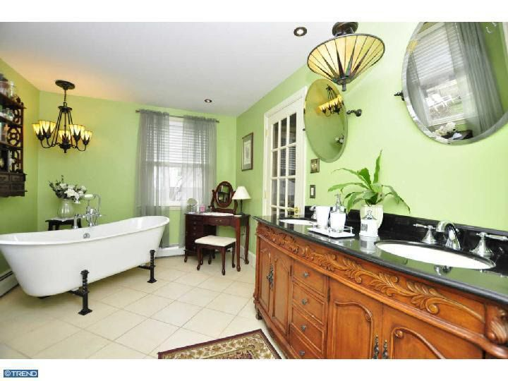 Dill Rd Havertown PA Realtorcom - Bathroom remodeling havertown pa