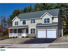 67 Neiffer Rd, Royersford, PA 19468