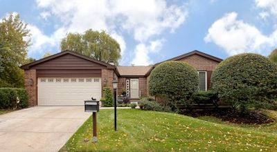 4524 Lindenwood Ln, Northbrook, IL
