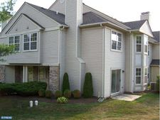 309 Bedford Ct, Quakertown, PA 18951
