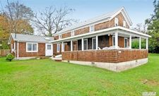 925 1st St, New Suffolk, NY 11956