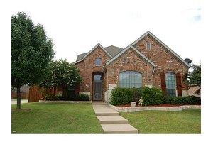 202 Beacon Hill Ln, Forney, TX 75126