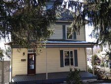 464 Dorsey Ave, Morgantown, WV 26501