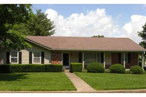 200 Johnson Ct, Wilmore, KY 40390
