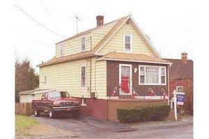 45 Homecrest Pl, Stratford, CT 06615