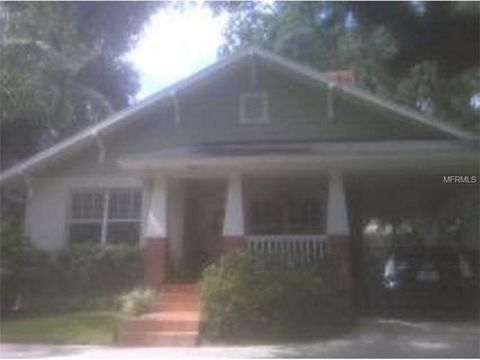 1511 E Park Cir, Tampa, FL 33610
