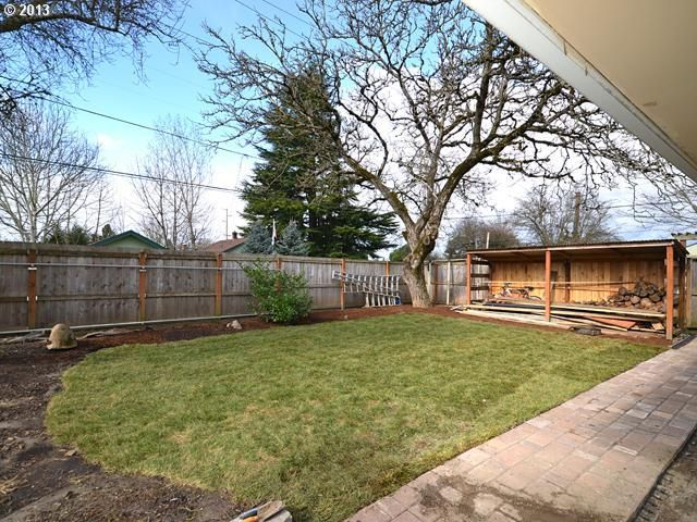 19620 SW Celebrity St, Beaverton, OR 97078 - Redfin
