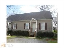 13 Otting Dr Apt E, Cartersville, GA 30120