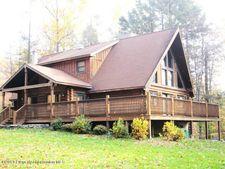 142 Log Cabin Ln, Dalton, PA 18414