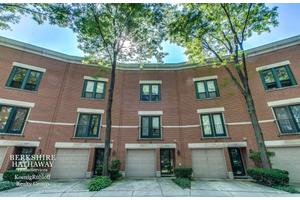 616 S Laflin St Unit G, Chicago, IL 60607