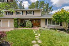 62 Amberwood Ct, Moraga, CA 94556