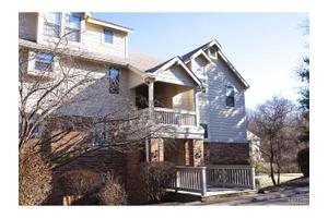 2302 Canyonlands Dr Apt D, Maryland Heights, MO 63043
