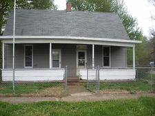 506 S Pleasant St, IL 62433