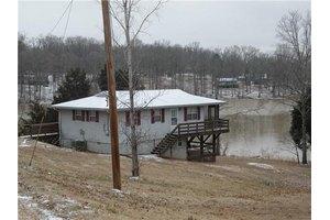21 creekmore ln, bumpus mills, tn 37028 public property