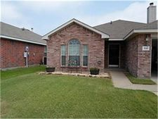 118 Red Cloud Dr, Greenville, TX 75402