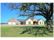 1090 Ranch Rd, Whitesboro, TX 76273