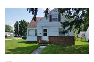 31314 Wellner Rd, Willowick, OH 44095